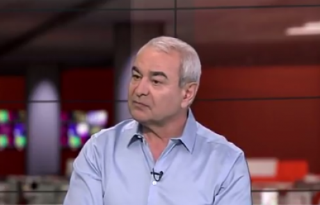 """ד""""ר סימון אברהמי: מומחה לרפואת עיניים"""
