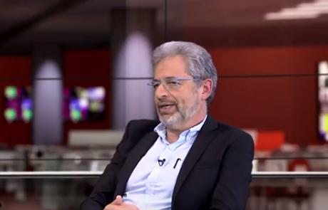 פרופ' אדריאן שולמן: מומחה לגינקולוגיה ומיילדות