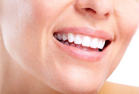 ניתוחי חניכיים והשתלות שיניים בלייזר: החידוש הגדול בטיפולים