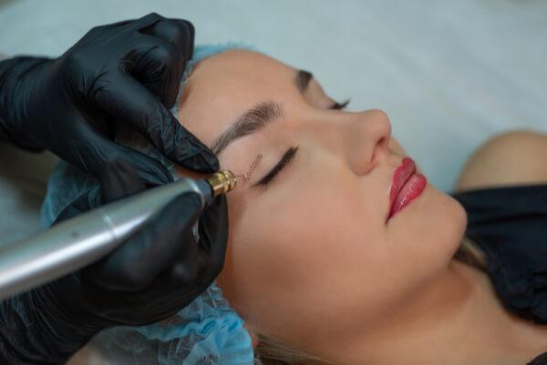 הטכנולוגיה החדשה להרמת עפעפיים וטיפול בנגעי עור