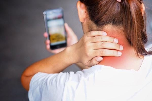 בעיות צוואר וגב תחתון: אבחון וטיפול מהירים