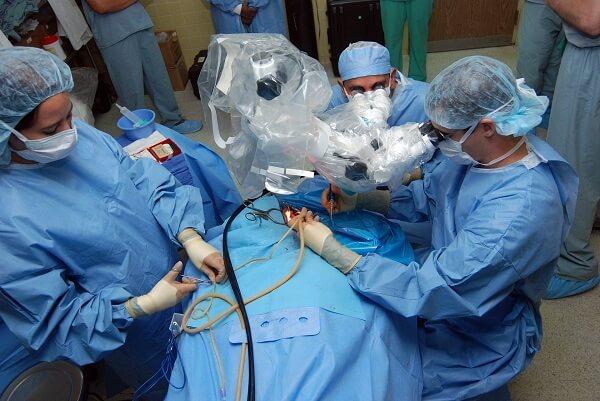 הזרקות, טיפולים אסתטיים וניתוחים פלסטיים