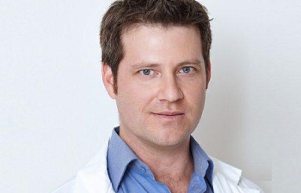 """ד""""ר אודי ארד: מומחה לכירורגיה פלסטית"""