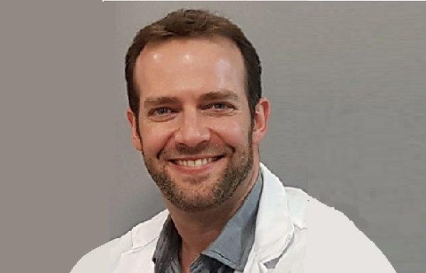 """ד""""ר אודי מאור: מומחה לכירורגיה פלסטית ואסתטית"""