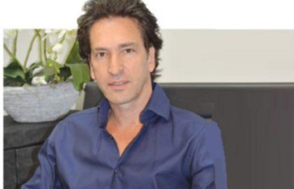 """ד""""ר אורי שולמן: מומחה לכירורגיה פלסטית"""