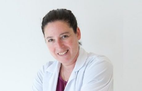 """ד""""ר אסנת רזיאל: מומחית לניתוחי הרזיה"""