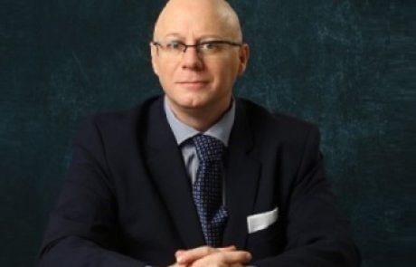 """ד""""ר ארנון אגמון: מומחה ליילוד וגינקולוגיה"""