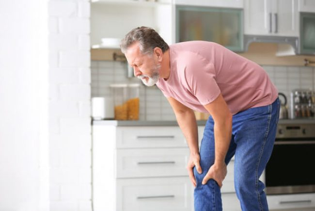 כאבי ברכיים: מדריך הטיפולים המלא