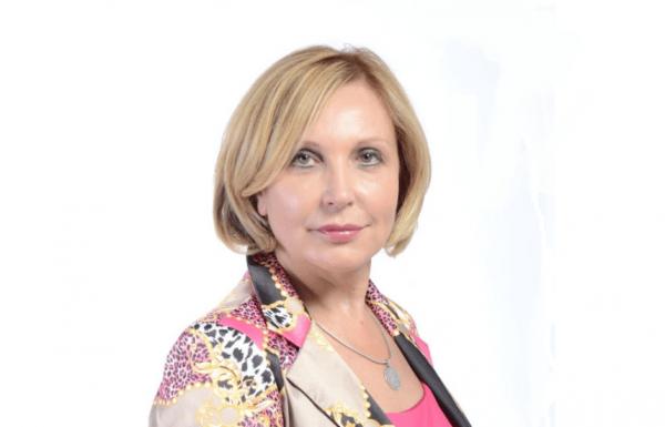 """ד""""ר לריסה ברק: רפואה אסתטית ודרמטולוגיה קוסמטית"""