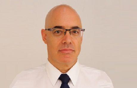 """ד""""ר צבי גוטמכר: מומחה לשיקום הפה ושיקום פנים ולסתות"""