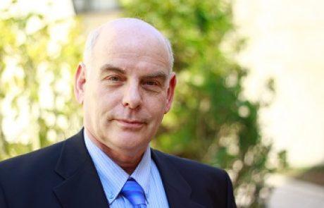 פרופ' יעקב (ג'יי) לביא: מומחה לכירורגית לב וחזה