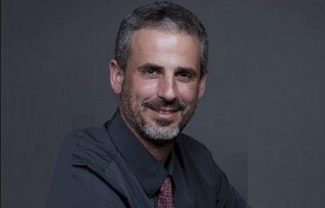 """ד""""ר דן בורלא: מומחה לרפואת עיניים"""