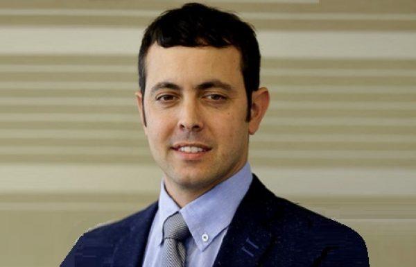 """ד""""ר עומר וולף: מומחה לכירורגיה פלסטית"""