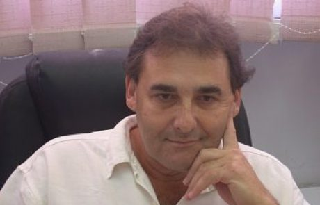 פרופ' יורם ורדי: מומחה לאורולוגיה