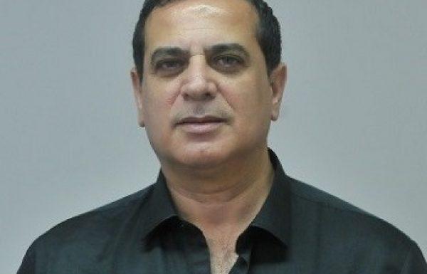 """ד""""ר יחיאל (חיליק) חיון: מומחה לכירורגיה פלסטית ואסתטית"""