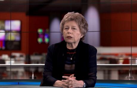 פרופ' פנינה לנגביץ: מומחית לרפואה פנימית וראומטולוגיה