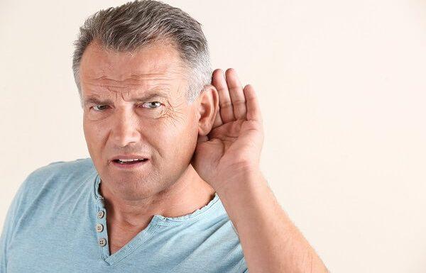 סתימת אוזניים כרונית וירידה בשמיעה: טיפול בלון להרחבת התעלה האוסטכית