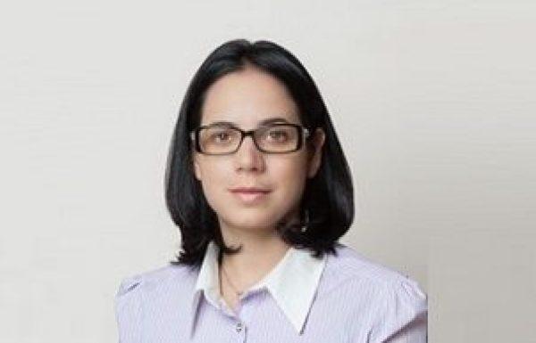 """ד""""ר הילה קליין: מומחית לכירורגית פה ולסת"""