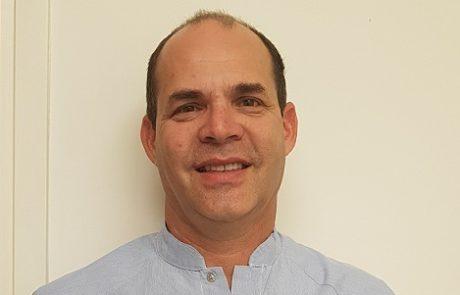 """ד""""ר רונן הובר: מומחה לטיפולי שורש"""