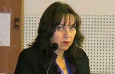 """ד""""ר רות גור: מומחית לנוירוכירורגיה"""