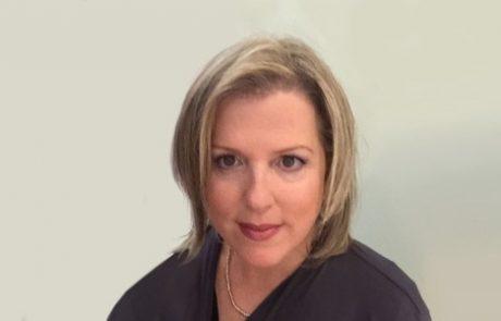 """ד""""ר טלי מיכאלי מיניקס: מומחית לרפואת שיניים לילדים"""
