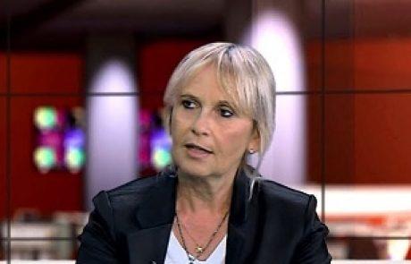 """ד""""ר ליביה יוסף: מומחית למחלות חניכיים וכירורגיה להשתלות"""