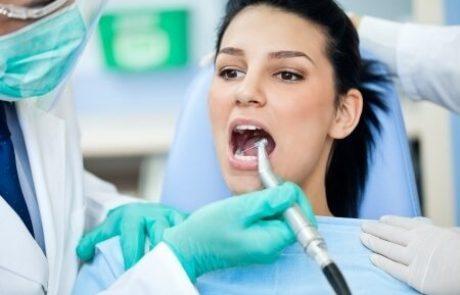 סתימות לבנות: המדריך המלא לשיניים יפות