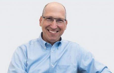 """ד""""ר אהוד רכטמן: מומחה לרפואת עיניים"""