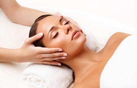 טיפול פנים באמצעות MASK MAKER: לשימור הנעורים